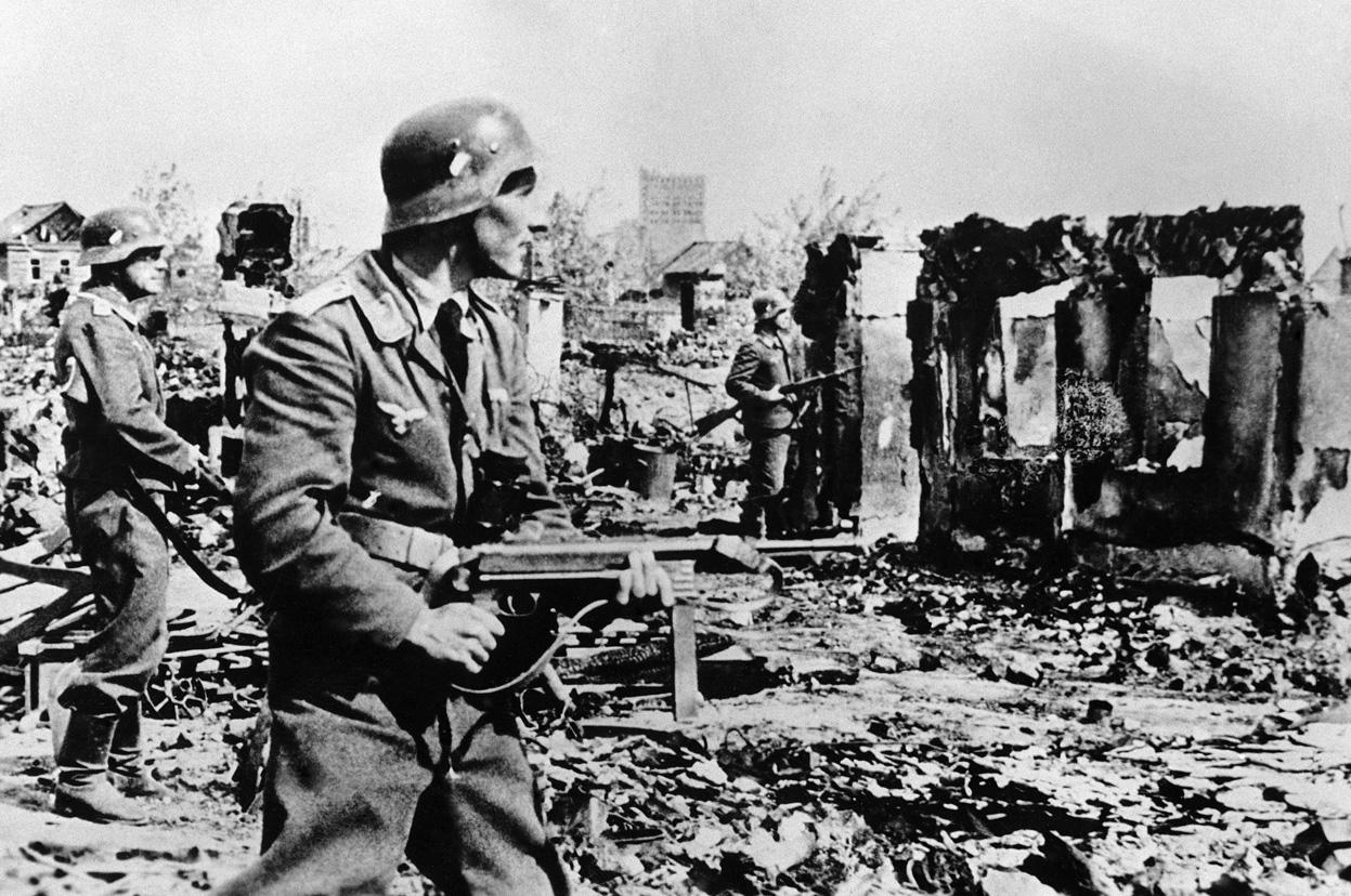 Nazistene forårsaket enorme ødeleggelser og lidelser for Russland.
