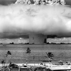 Atomvåpen – mennesket får mulighet til å utslette seg selv